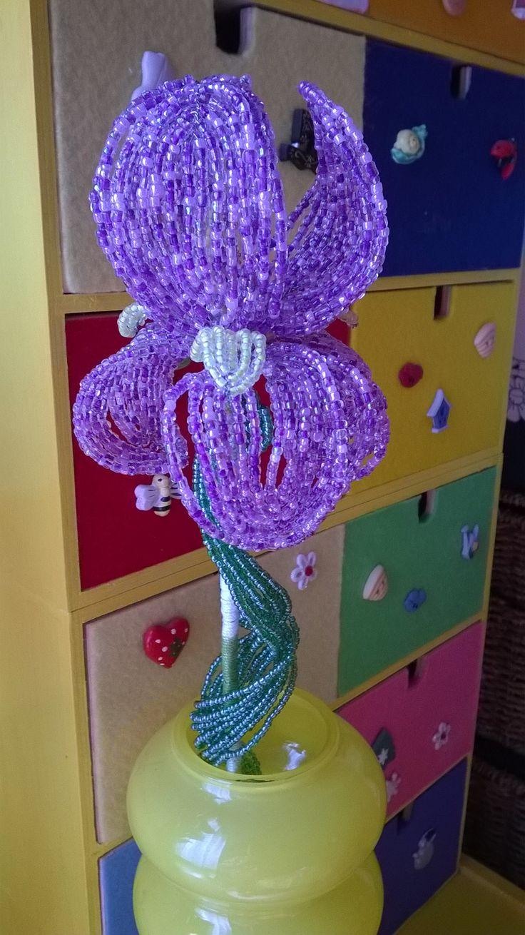 8 best Piante e fiori di perline images on Pinterest | Beaded ...