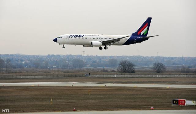 last Malév plane is landing @ Budapest