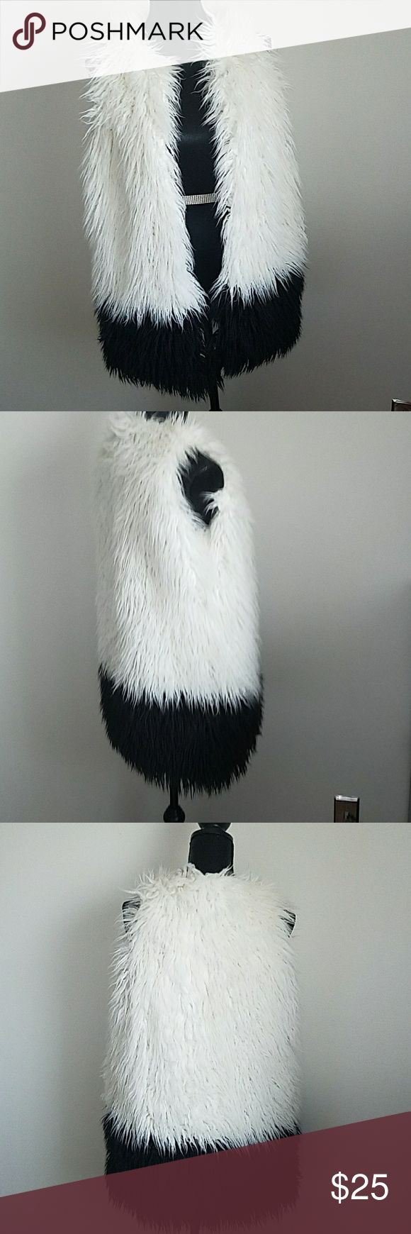 Black and white vest Black and white vest lasanostla Jackets & Coats Vests