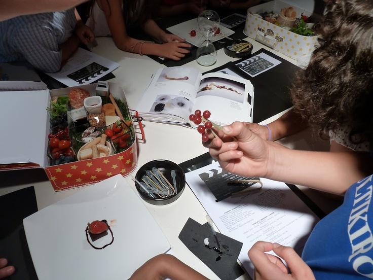 Talleres de Cine para la Fundación Mapfre en su Pequeño Estudio de Cine Zinemaldia 2012 - Zarándula Comunicación Cultural - Álbumes web de Picasa