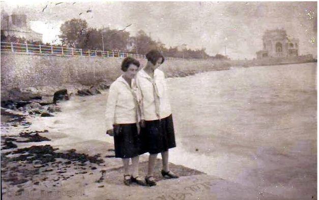 1928. Domnița Ileana, la Constanța, cu Alice Grunau