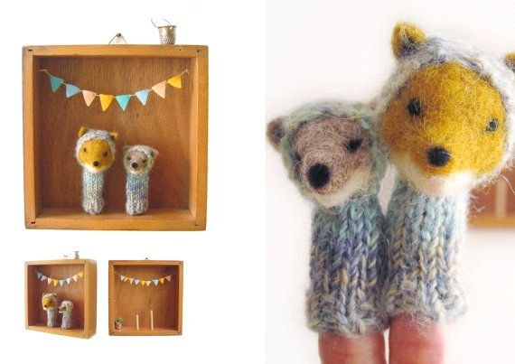 FINGER PUPPET BOX Needle Felted Foxes in a Vintage by LazyAnimals
