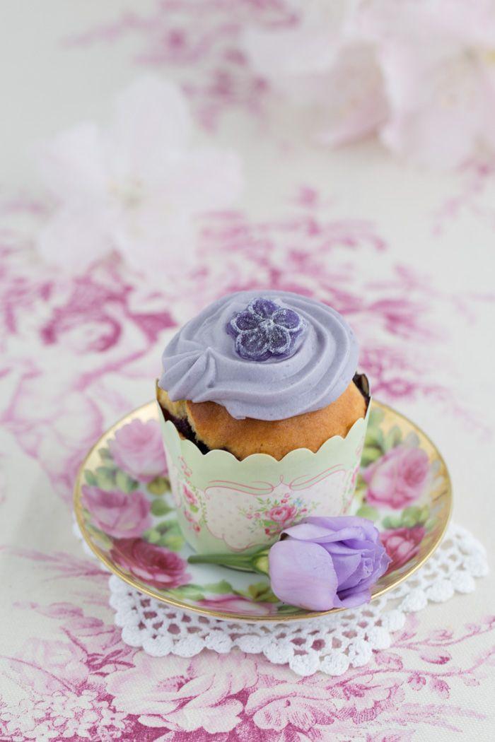 """""""Blaubeer Cupcakes!"""" http://www.lisbeths.de/blaubeer-cupcakes/"""