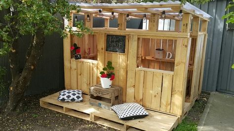Kids Playhouses Made with Wooden Pallets | Pallet Wood Projects