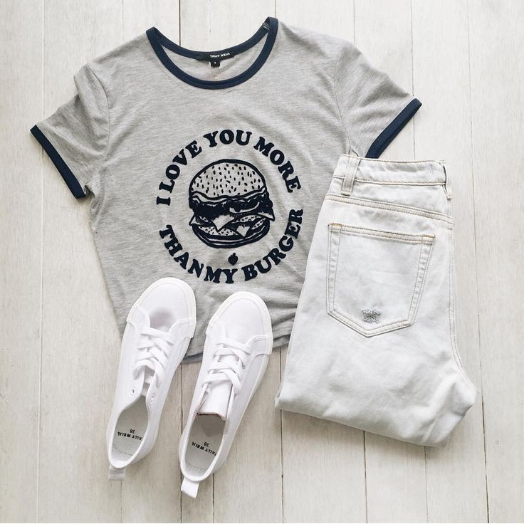 Who do you love more than your burger?  (product code: T Shirt – STSCOBURGY) #myTALLYWEiJL #ootd #casual #fashion