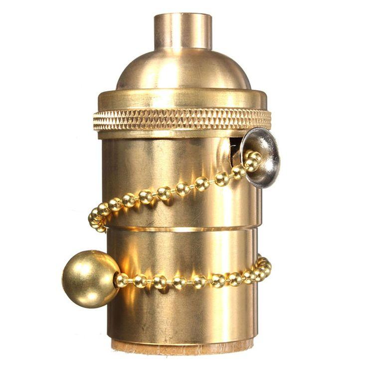 Masívna retro objímka na žiarovky s päticou E27.Predstavujeme vám masívny retro komponent pre Vaše svietidlo. Objímka obsahuje elegantný a praktický retiazkový spínač