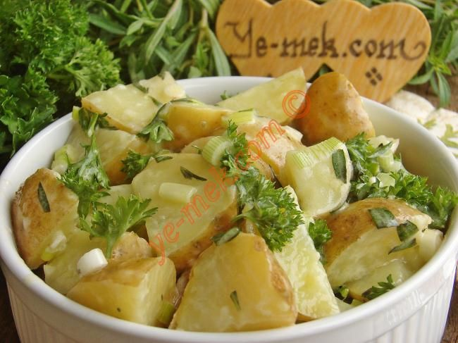 Taze Patates Salatası Resimli Tarifi - Yemek Tarifleri