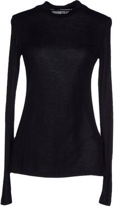 GUESS BY MARCIANO T-shirts - Shop for women's T-shirt - Black T-shirt