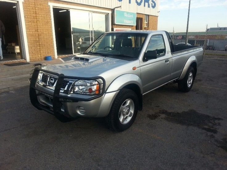 Silver with grey cloth seats / Air conditioning / Power steering / Bull bar Contact Gillmore 0727985898