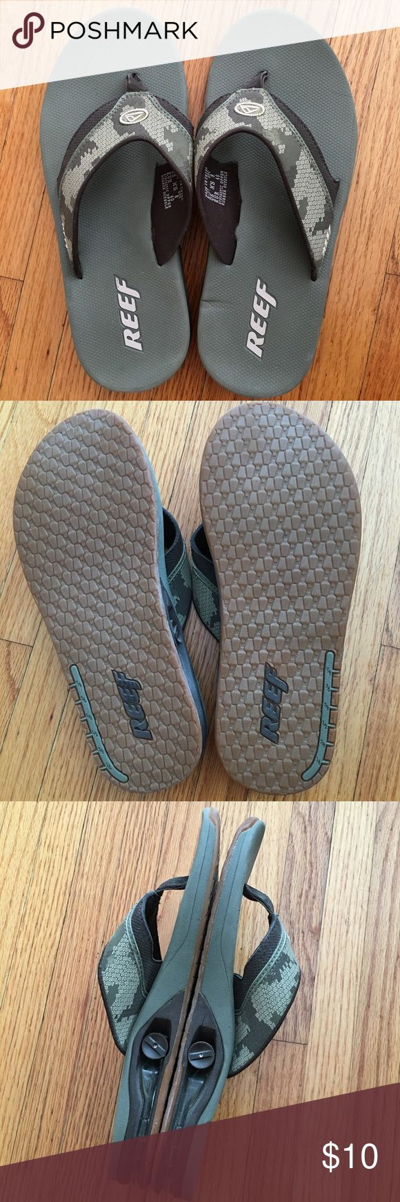 Men's Reef flip flops Men's reef flip flops.  Only worn a few times.  Good condition.  Only minor flaws on the straps and a few dents/marks on insoles as seen in photos.  Size 8. Reef Shoes Sandals & Flip-Flops