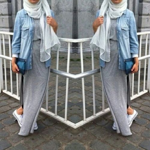 sporty hijab outfit, Hijab spring street fashion http://www.justtrendygirls.com/hijab-spring-street-fashion/