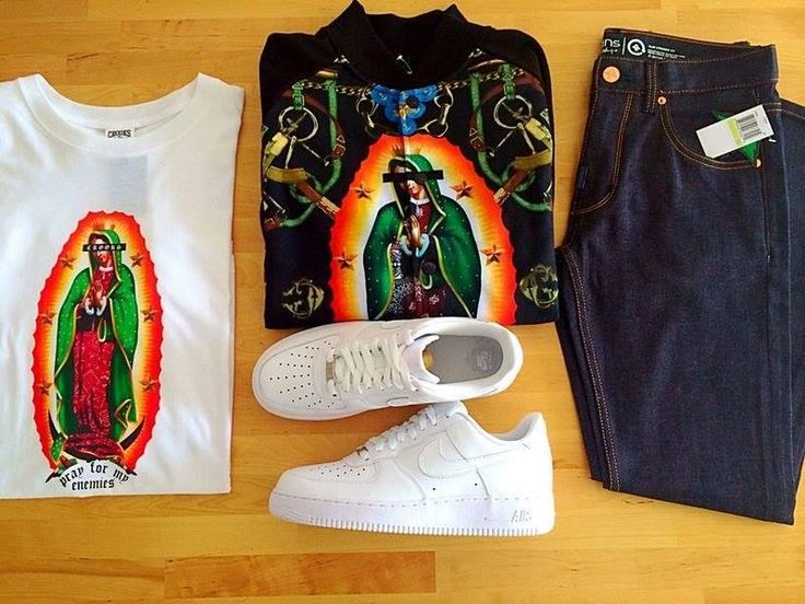 Tinuta zilei!!! Crooks And Castles Pray T-Shirt White - http://goo.gl/BLYG3a Crooks And Castles The Apparition Jacket Black  Nike Air Force 1 Low White -  LRG Core Collection SS Denim Jeans -