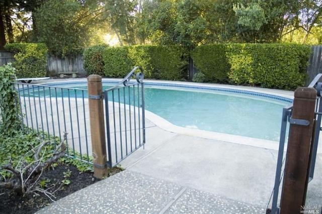 nice fence around pool