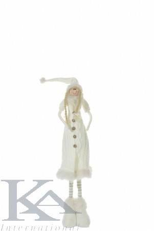 Figurine din textil pentru camere de zi, camere copii, dormitoare. Fetita cu haine tricotate, in stil cottage, de culoare alb.