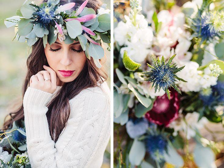 Una novia vintage de invierno. Corona de flores para esta boda de invierno al aire libre con ramo de novia a juego.