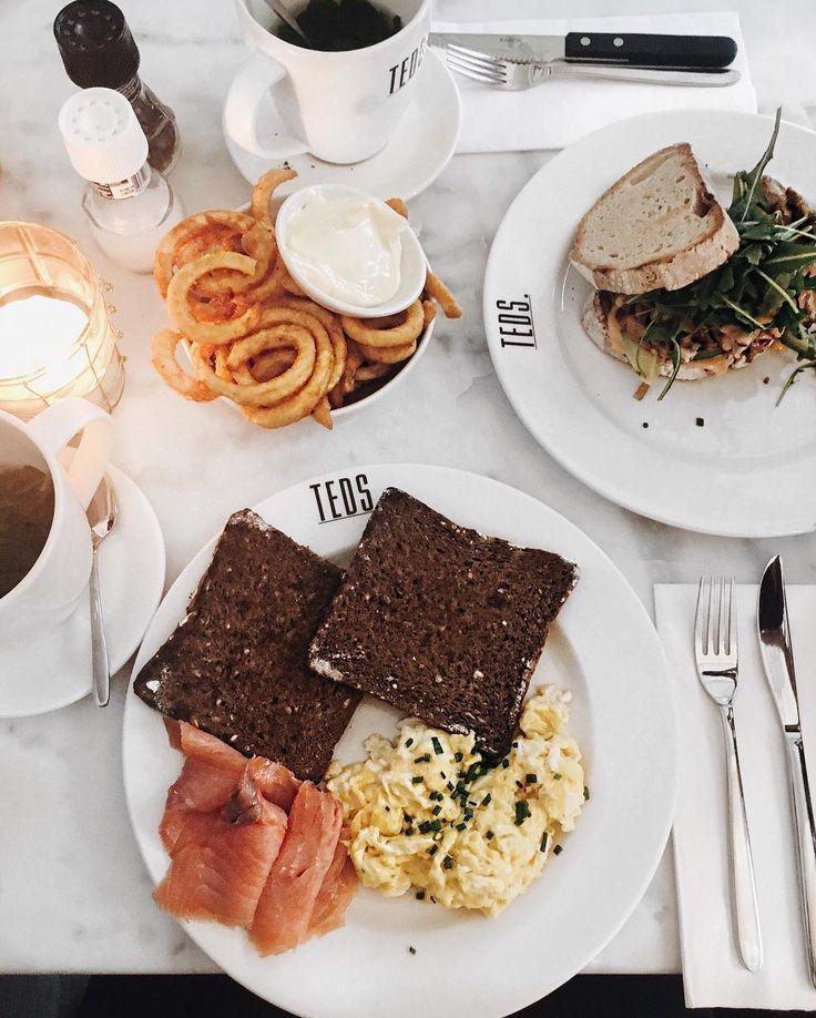 203 vind-ik-leuks, 11 reacties - P A U L I N E (@paulinevsterkenburg) op Instagram: 'Today's lunch ✨'
