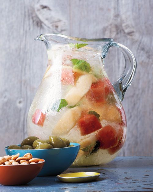 Melon-Mint Sangria, must try