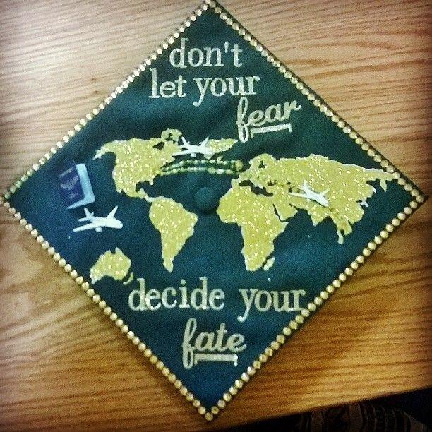 awesome idea for graduation cap!