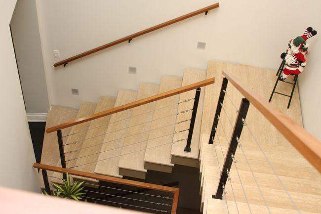 corrimão de madeira para escada externa - Pesquisa Google
