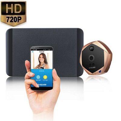 Deurspion Camera Telefoon Alarm HD 720P  De draadloze wifi deurspion met camera stuurt een melding op uw Android of Apple smartphone daarnaast wordt u opgebeld wanneer er bij u wordt aangebeld. Zie op uw smartphone waar u ook internet heeft overal ter wereld wie er aanbelt en praat terug. Daarnaast werkt de intercom deurspion als een alarm. U ontvangt bij beweging direct een melding op uw smartphone.U installeert de digitale peephole viewer binnen enkele stappen in de voordeur en kan direct…