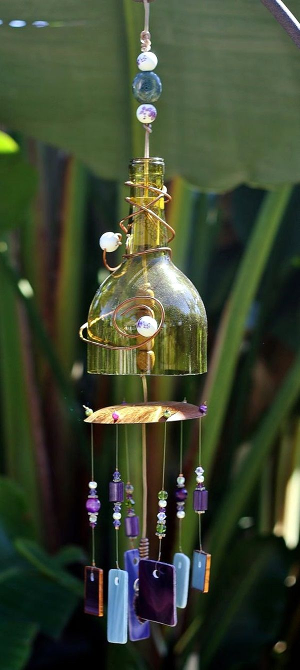 40 diy wind chime ideas to try this summer gardens for Most beautiful wine bottles