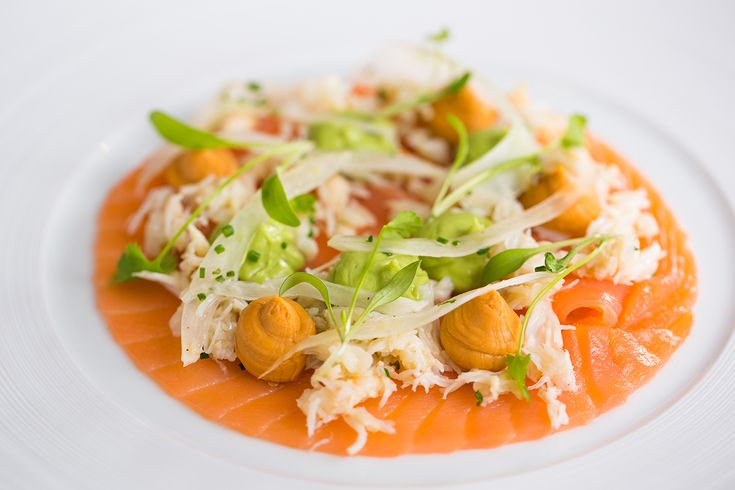 Crab and smoked salad with avocado, fennel and apple -  FOUR Magazine !