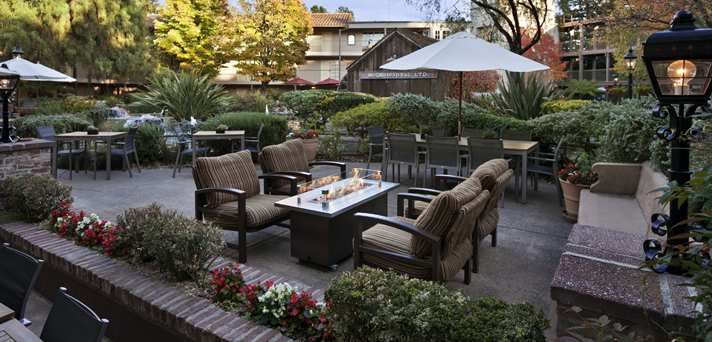 Embassy Suites Napa Valley Hotel, CA - Fire Pit in Courtyard