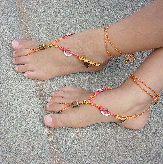 Mädchens barfuss Sandalen von MammaEarthCreations auf Etsy
