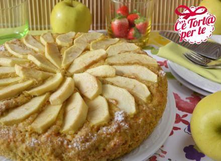 Un #dolce intramontabile, un evergreen intramontabile e che ricorda i dolci della nonna: torta di carote e mele.   Come resistere?  Clicca e scopri la ricetta...