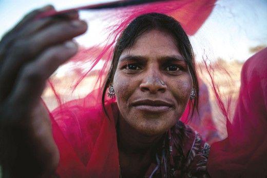 10 μέρες με τους παρίες της Ινδίας - ΘΕΜΑ - LiFO