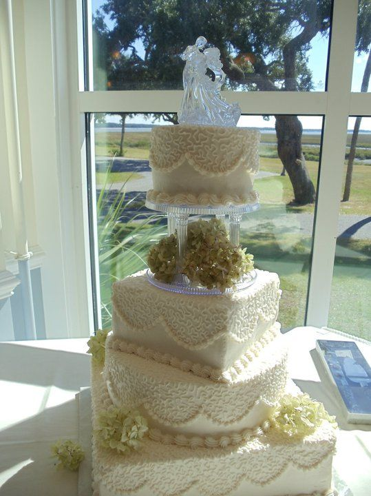 Beaufort Weddings White Detailed Wedding Cake From A Held At Traditions On Mcrd Parris