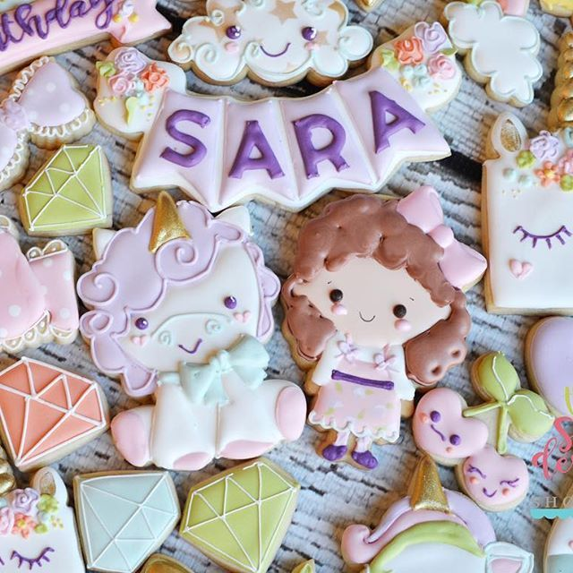 I am SSSOOOO exited about this collection!!! I'm working on uploading all decorated pics. ☁️ i started decorating cookies when I was organizing my daughters second birthday!  She will be 6 soon!  Of course she asked to have a @matildajaneclothing dress in the cookie. #magicalbirthday #unicorncookies #unicorn #unicornbirthday #unicorndecoratedcookies #unicorncookie #unicorncookiecutter
