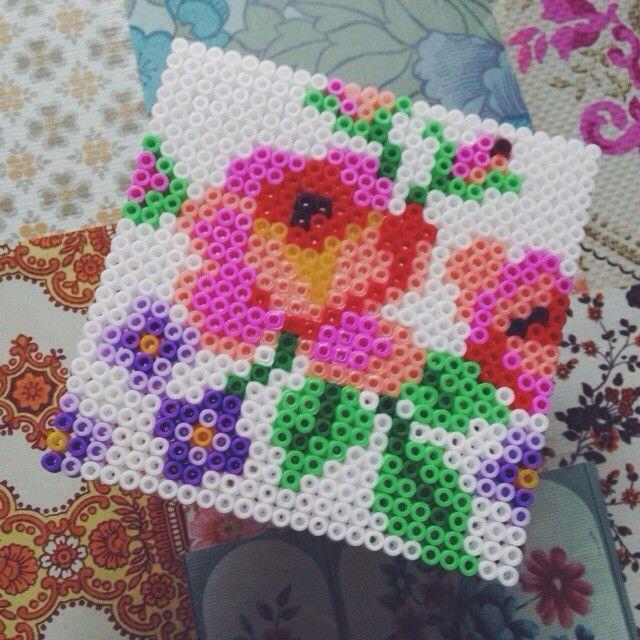 Flower hama perler bead design by sandracherryhrt