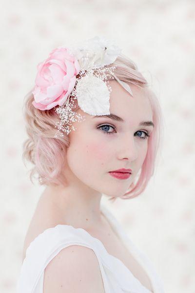 Brautschmuck, Haarschmuck, Blüte // flower bridal hair accessories by Billies goes Jazzafine via DaWanda.com