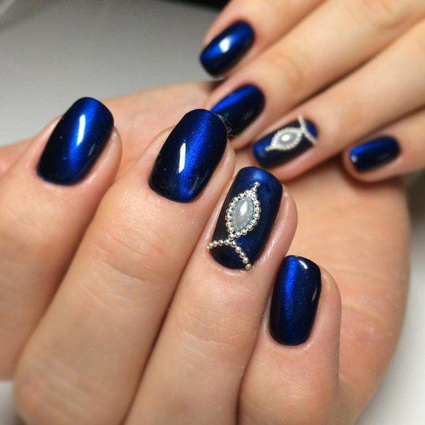 The 25+ best Dark blue nails ideas on Pinterest | Navy ...