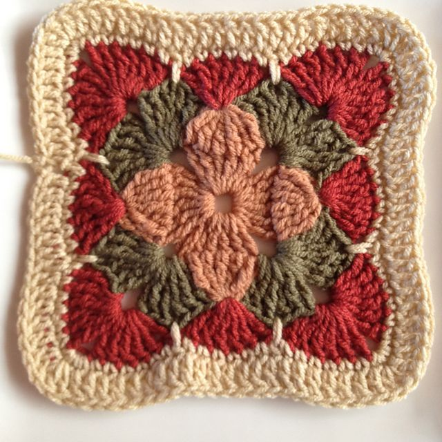 Ravelry: AnnabelsArmoire's MIL's tricolor square