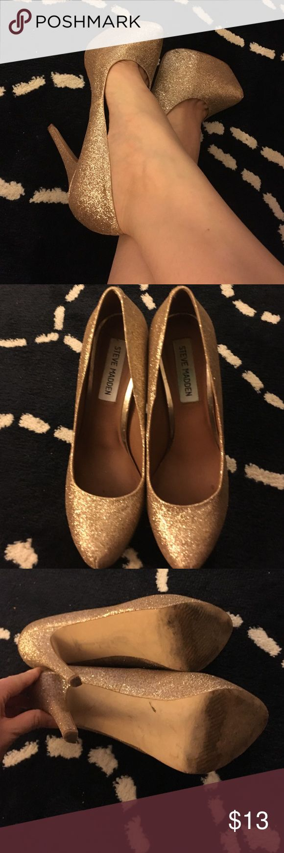 Gold glitter Steve Madden high heels High heeled stilettos in gold glitter by Steve Madden. Steve Madden Shoes Heels