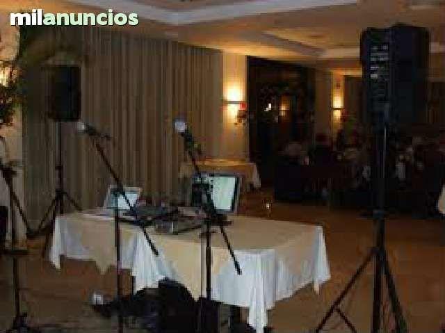 . Alquiler de equipos de sonido y karaoke profesionales  a domicilio.Transporte, instalaci�n,DJ,servicio t�cnico.Desde 1987 alquilando,transportando, montando , pinchando y manejando equipos de sonido por  Andaluc�a Occidental,seriedad y compromiso garantiz