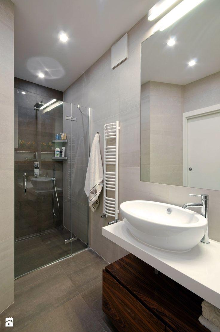 Apartament dla 4-osobowej rodziny - Średnia łazienka w bloku bez okna, styl nowoczesny - zdjęcie od ZAWICKA-ID Projektowanie wnętrz