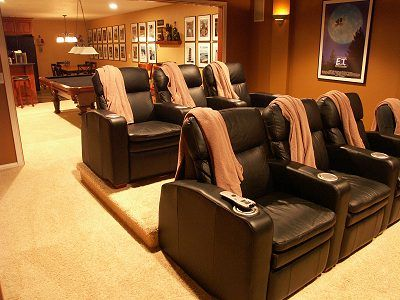 home theater seating with throws