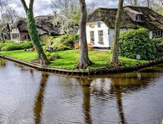 Hollanda'da Bulunan Masalsı Bir Kasaba GIETHOORN #teknolsun #blog #kültür #gezi #seyahat #hollanda #giethoorn #dream #travel #trip #advice #tour #instagood #instalike