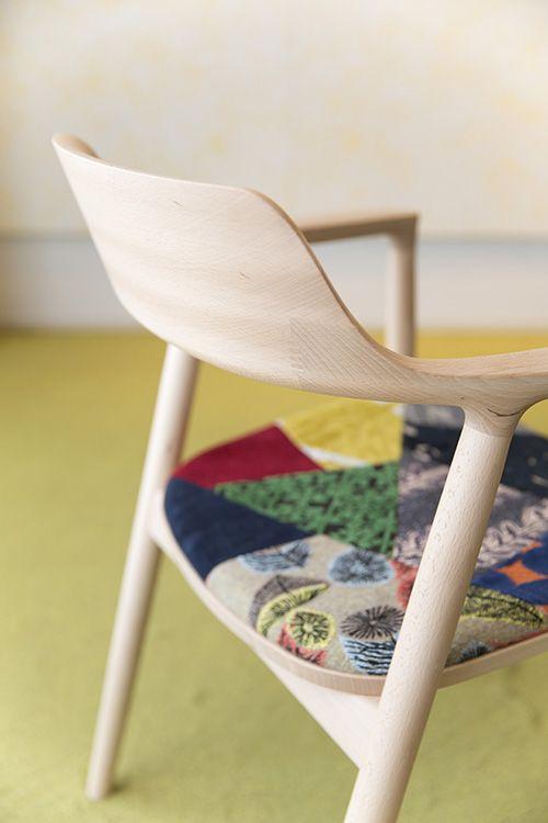 ミナ ペルホネン×マルニ木工 - 個性的な木材を使用したコラボ家具を伊勢丹新宿店で発表 | ニュース - ファッションプレス
