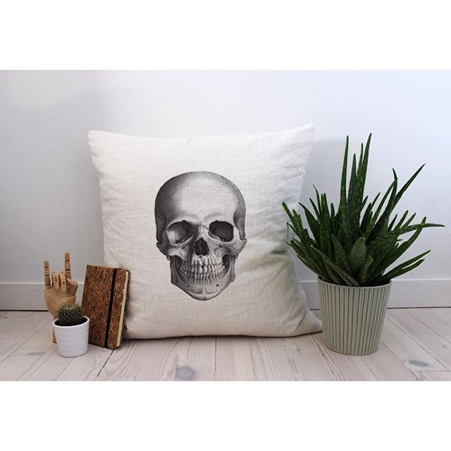 'Skull'  #pillow #interior #design #home #grapicdesign #print #decor #scandinavian #nordic