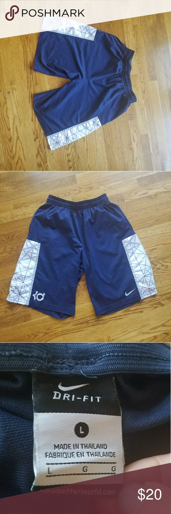 Nike KD basketball shorts size large VGUC firm Men's size large Kevin Durant basketball shorts, there a good used condition, Dri-Fit, side panels with mesh for breathability and moisture wicking, adjustable waist, and mesh pockets. Smoke-free home, no trades or transactions outside of Poshmark. I have $20 invested in these already so I can't go lower than that for the price. Nike Shorts Athletic