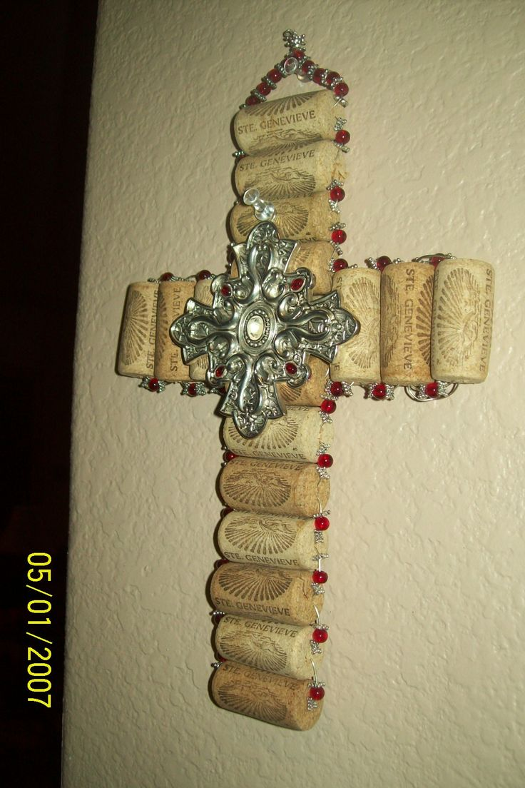 Wine bottle corks crafts - Find This Pin And More On Wine Cork Crafts 1