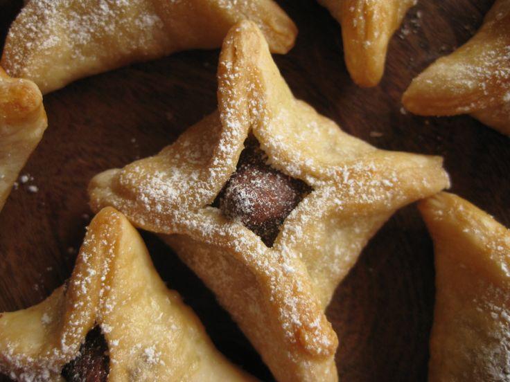 Smoochie Sunday Today I made Kiss pies, something... | Tango Mango
