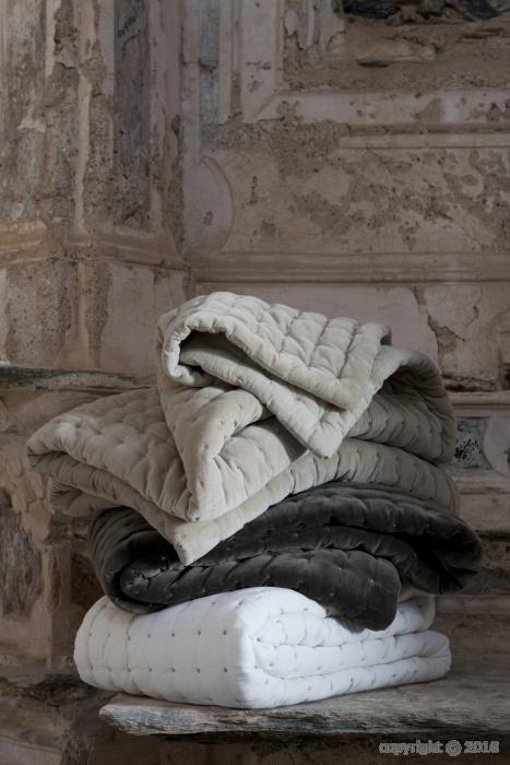 Ethan bed cover (Vivaraise)