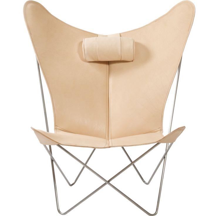 KS Lenestol fra OX Design kommer med tilhørende pute. Konstruksjonen er enkel og samtidig elegant – ...