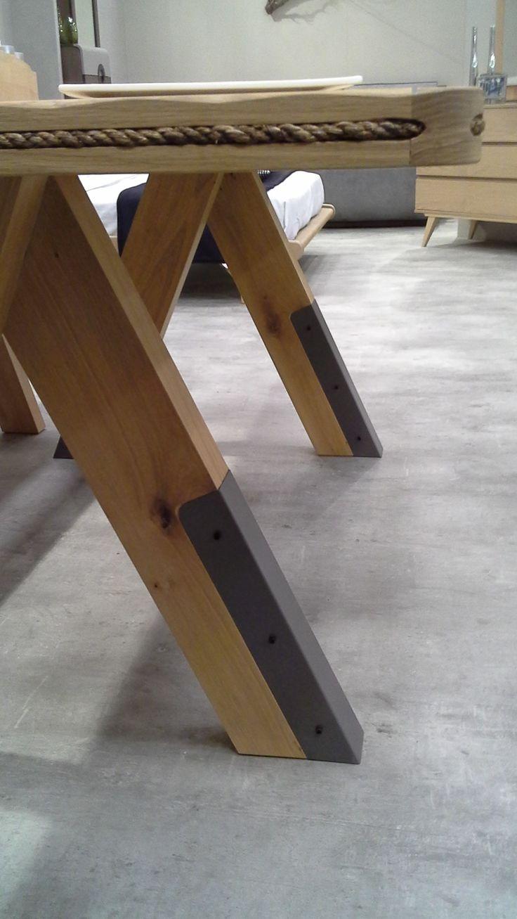Detail of Table Moca