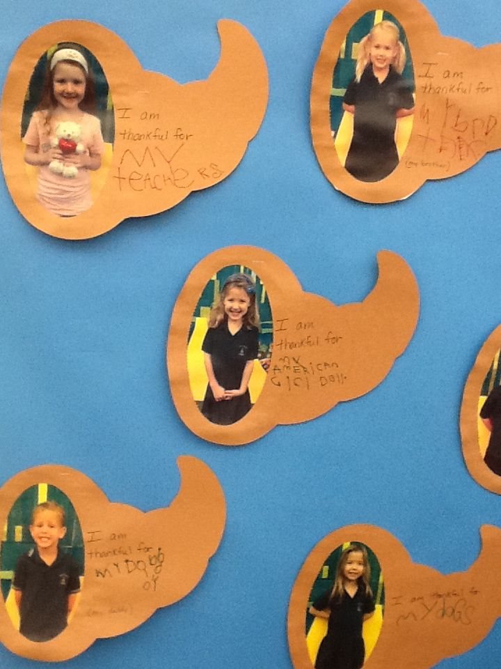 The Pre-Kindergarten students wrote about what they are thankful for.